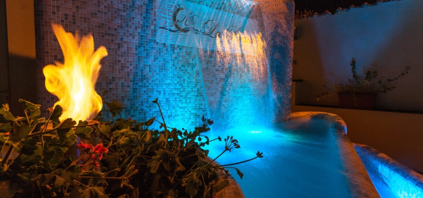 Hotel La Praia, foto notturna
