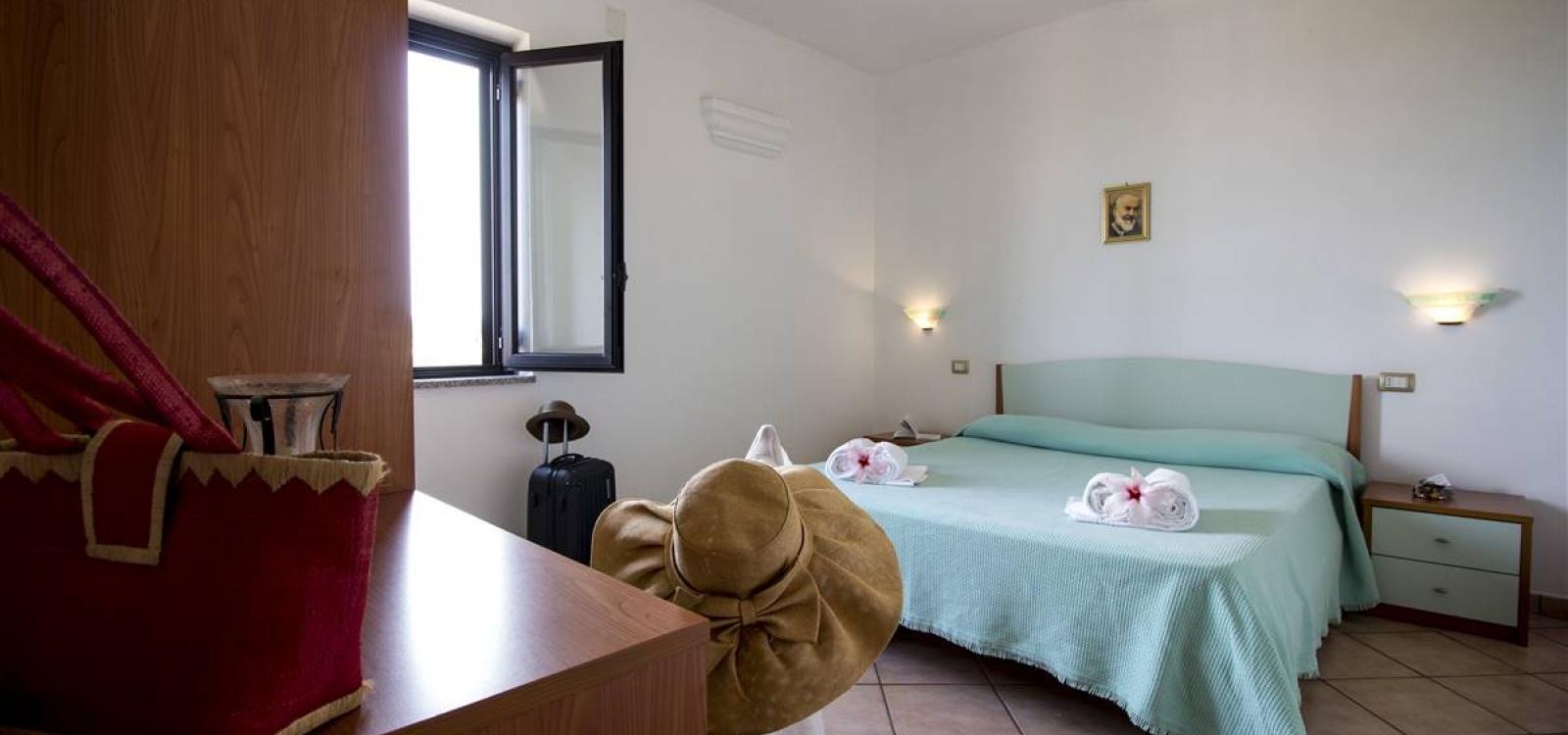 Camera residence Due Mari a Capo Vaticano